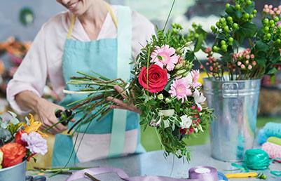 123fleurs transmet vos commandes à des fleuristes partout dans le monde