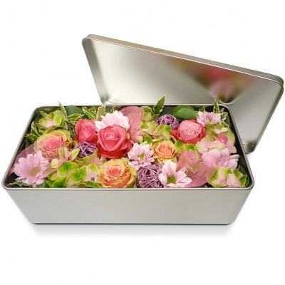 Fleurs en boite f te des m res bonne f te maman for Fleurs livrees