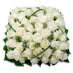 Les fleurs deuil Coussin de fleurs Hommage - 123fleurs
