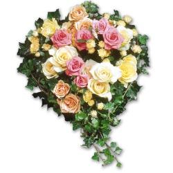 Coussin de roses Coeur de roses - 123fleurs