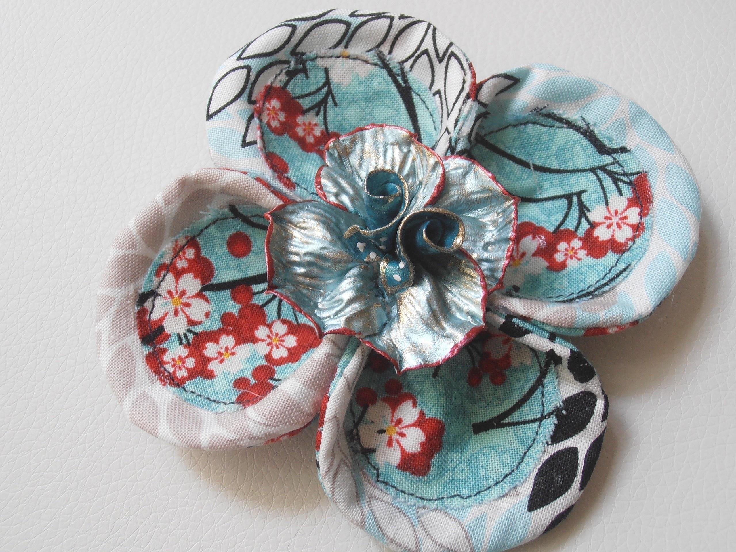 grande fleur en tissu turqoise imprim japonais. Black Bedroom Furniture Sets. Home Design Ideas